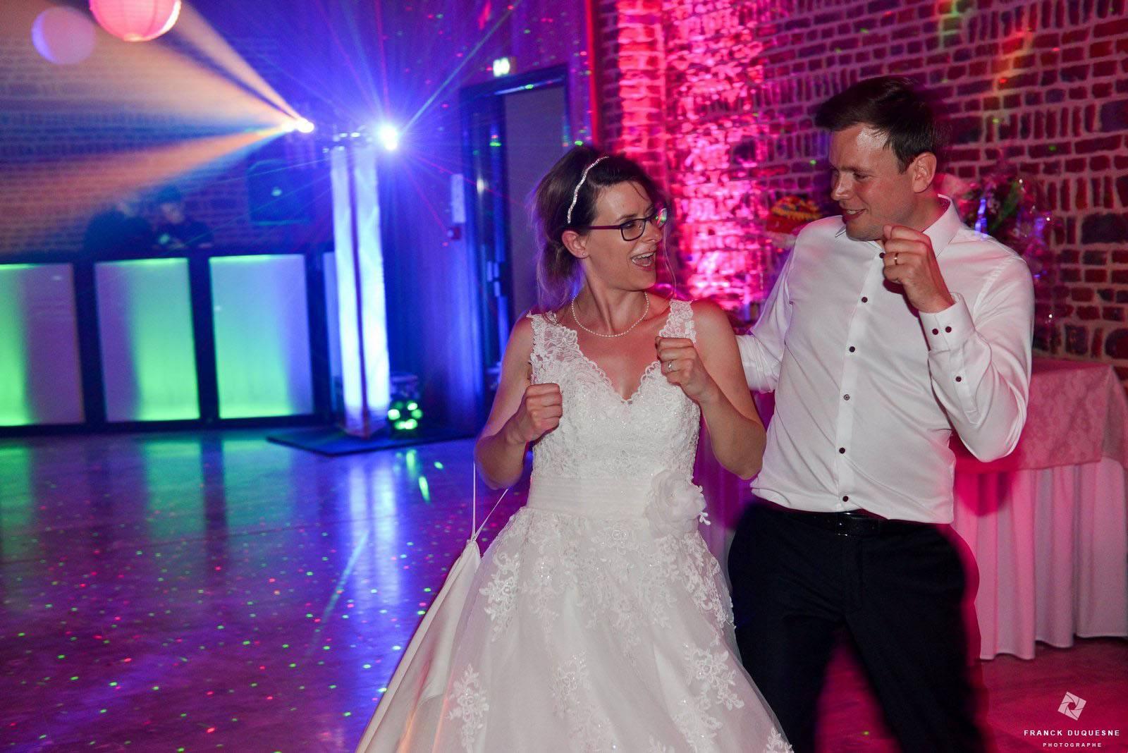 danse des mariés au Domaine de la Traxène