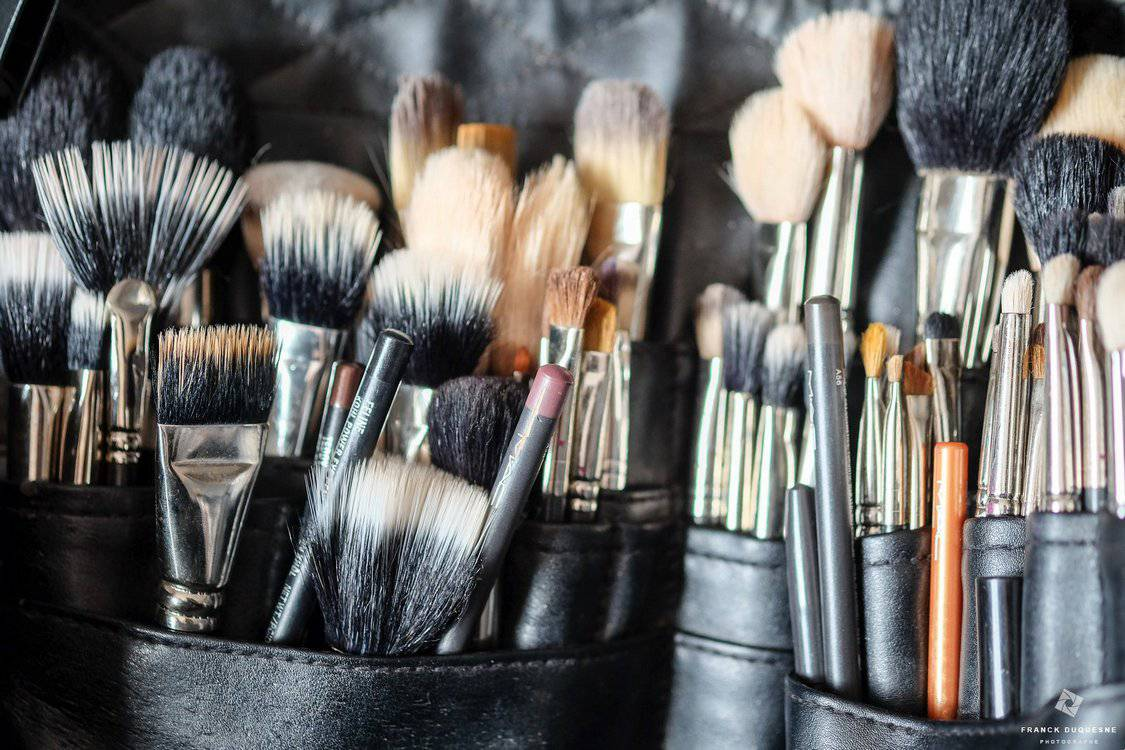 pinceaux de maquillage mariage