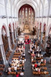 mariage à l'église vue de l'orgue