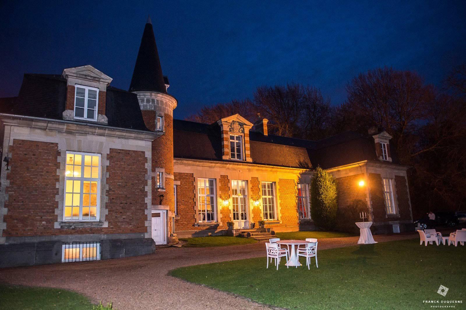 Château de Prémesques de nuit