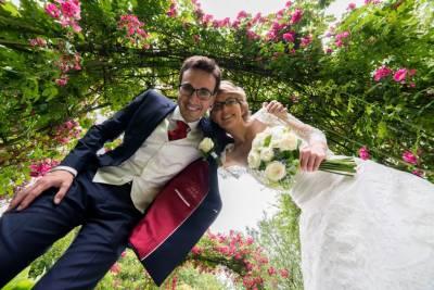 photo de couple dans un jardin à Amien
